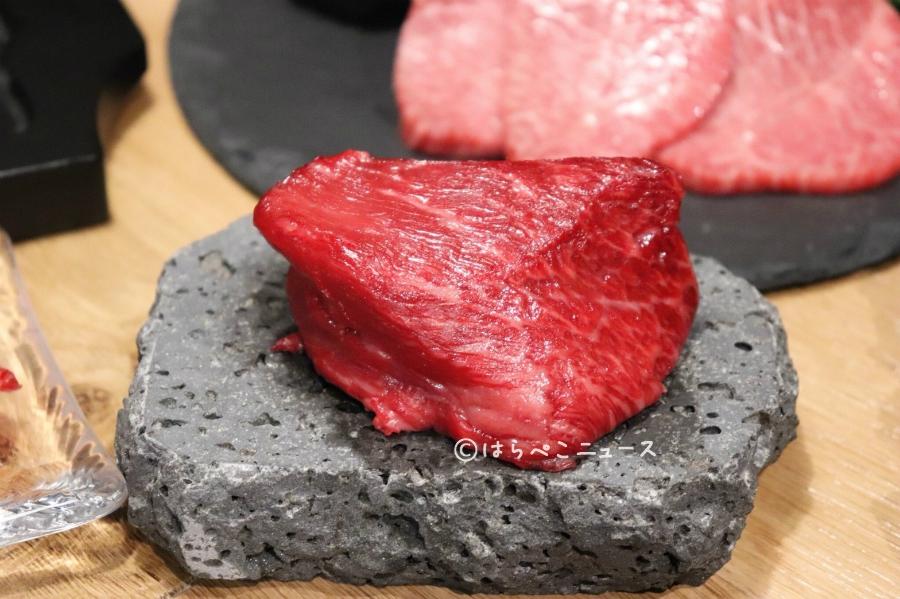 はらぺこニュース|【潜入レポ】溶岩焼肉&極レアハンバーグ!GEMS神宮前「ブッチャーズキャンプ」で肉三昧!