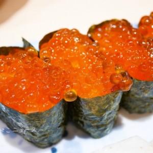 【きづなすし】「桜割り」で食べ放題が最大20%オフ!桜の写真&SNSシェアやピンク色の服装で割引!