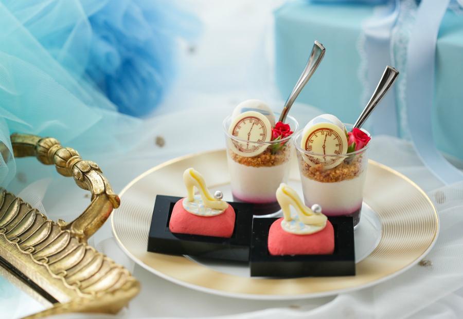 ストリングスホテル名古屋「プリンセス・シンデレラのアフタヌーンティー」ガラスの靴モチーフのいちごムースも登場!