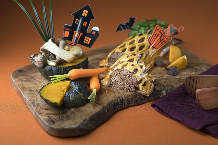 骨付きチキンとカボチャのクリームシチュー!舞浜シェラトンの「ハロウィーンブッフェ」