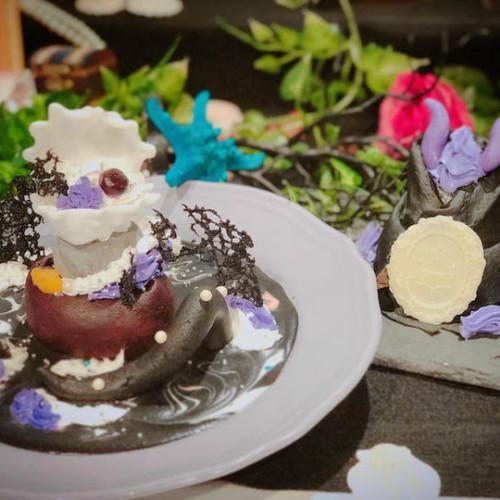 「ラ フェット ド フィーユ」ハロウィン限定の大人可愛いアートクレープ!パンプキンポタージュなど軽食も秋仕様に!