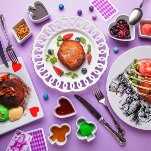 """古城の国のアリスに新食感スイーツ「わがままフレンチトースト」が登場!""""わがまま""""ポイントは全26種類のトッピング!"""