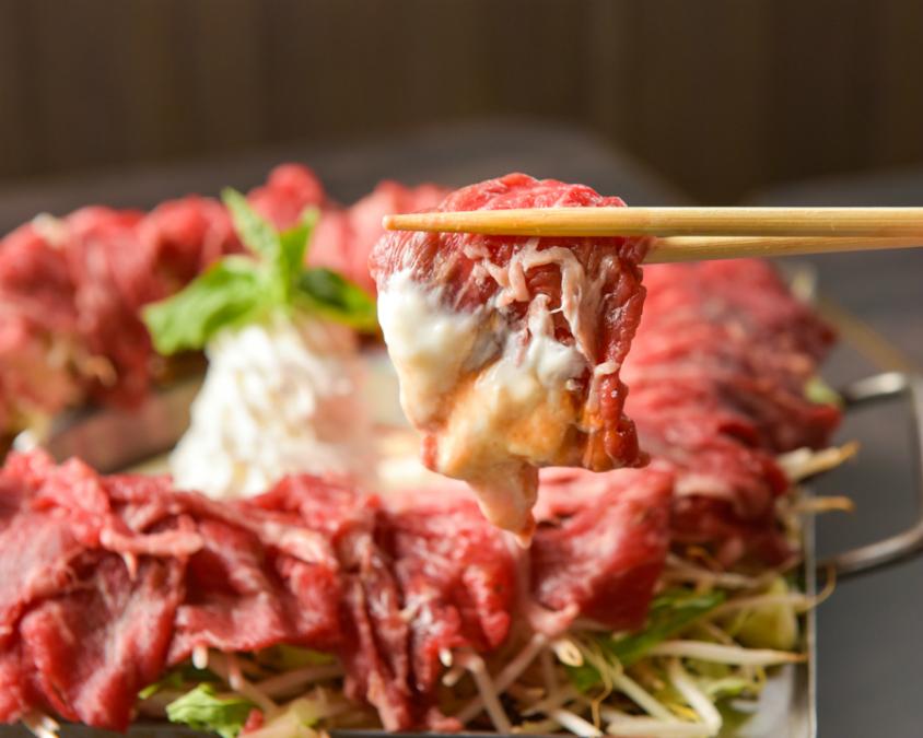 短角牛×ふわとろクリームチーズトマトフォンデュ食べ放題1980円!「彩羽 上野店」