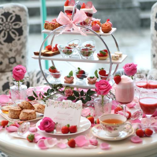【ホテル ラ・スイート神戸ハーバーランド】でいちごスイーツ!バラ薫る魅惑のストロベリーアフタヌーンティー