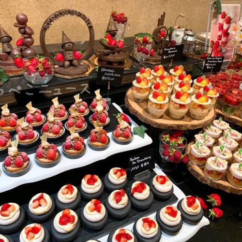 【実食レポ】ウェスティンホテル東京でいちごのビュッフェ!「ザ・テラス」のストロベリーデザートブッフェ!