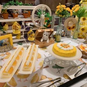 【ヒルトン東京】『Happyハニー・ホリック』新デザートビュッフェではちみつ&チーズスイーツを実食!