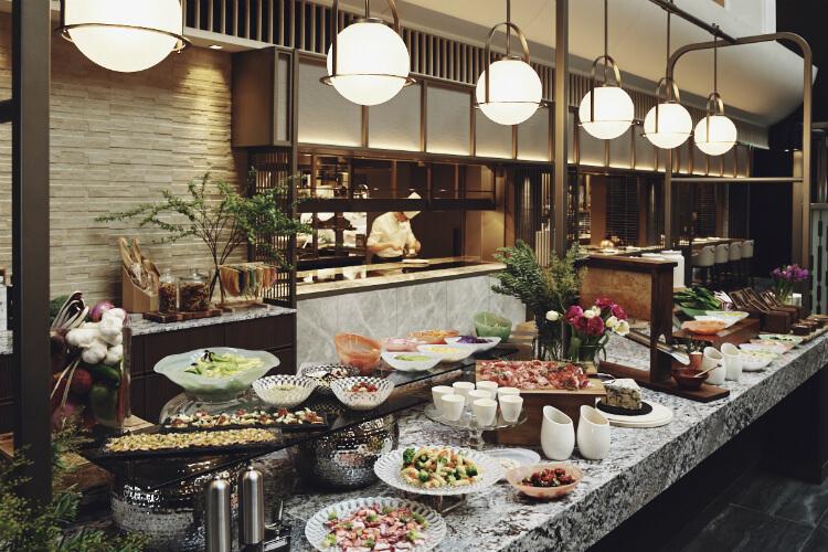 【ストリングスホテル東京】ストロベリーランチブッフェをイタリアングリル「メロディア」で開催!