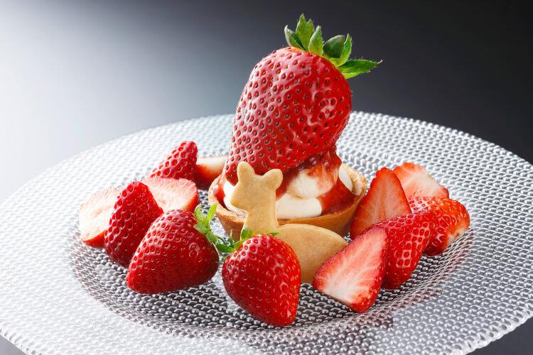 【ロビーラウンジ ファウンテン】新品種イチゴ『珠姫(たまひめ)』のタルト!「ホテル日航奈良」いちごフェア
