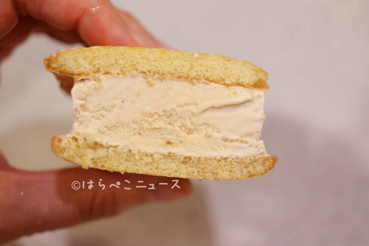 【実食レポ】ファミマ『ふわふわケーキサンド 』森永ミルクキャラメルの味わいをイメージしたアイス!