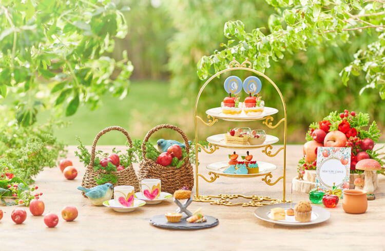 【アリスビュッフェ・プリンセスアフタヌーンティー2020】美女と野獣や白雪姫のスイーツも!