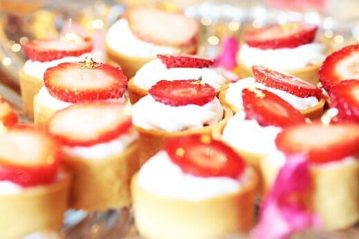 【XEX日本橋】『真夏の苺祭り』いちごのデザートビュッフェとイタリアンブッフェの両方を満喫!