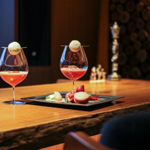 【バレンタイン宿泊プラン2021】ホテルでチョコレートやスイーツ!シャンパンや花束の特典も!