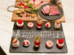 【実食レポ】ストリングスホテル「いちごレッドカーペット・アフタヌーンティー」リュトモスとメロディアで開催