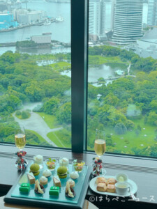 【実食レポ】『コンラッドアフタヌーンティー with JIMMY CHOO』トゥエンティエイトにてバッグ型スイーツ