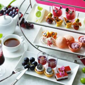 【ぶどうアフタヌーンティー・シャインマスカットビュッフェ2021】パフェ・巨峰のafternoon teaに食べ放題も